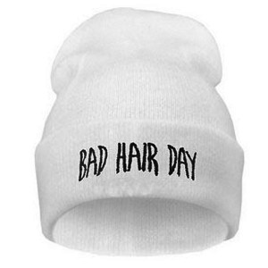 """Mütze """"bad hair day"""" weiss"""